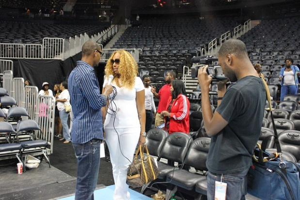"Nas The Host Interviews Chanita Foster at the WNBA ""ATL DREAM vs LA SPARKS GAME"""