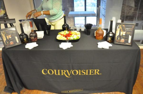 Courvoisier-Table-setUp