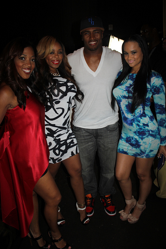 toya-shay-stevie-oleGirl