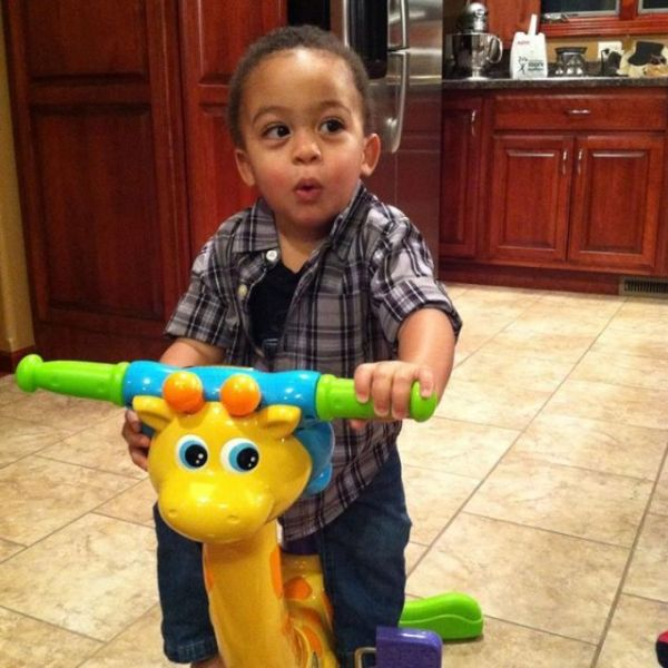 Adrian Peterson son that recently passed
